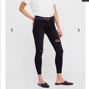Free People Shark Bite Skinny Jeans Black